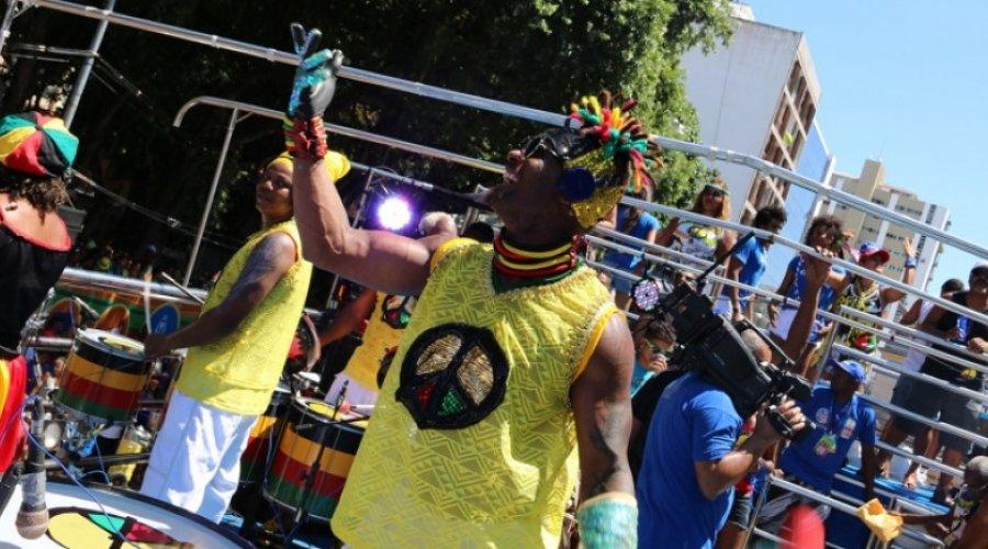 Circuito Osmar : Carnaval ouro negro circuito osmar bloco u flickr